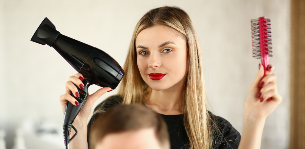 7 Essential Tools for Cosmetology Students